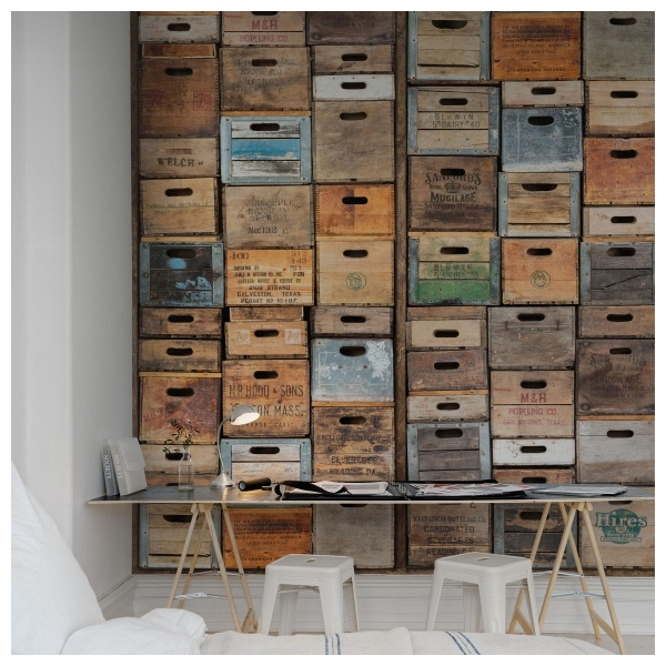 papier peint style industriel anciennes caisses en bois rebel walls au fil des couleurs. Black Bedroom Furniture Sets. Home Design Ideas