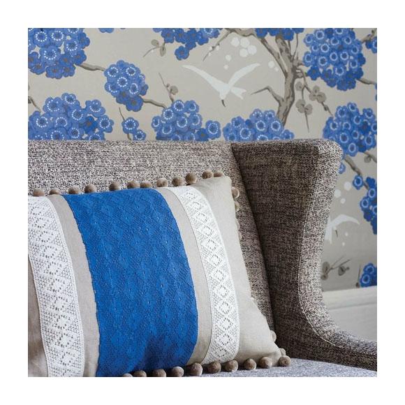 papier peint fleuri bleu fond beige osborne little. Black Bedroom Furniture Sets. Home Design Ideas