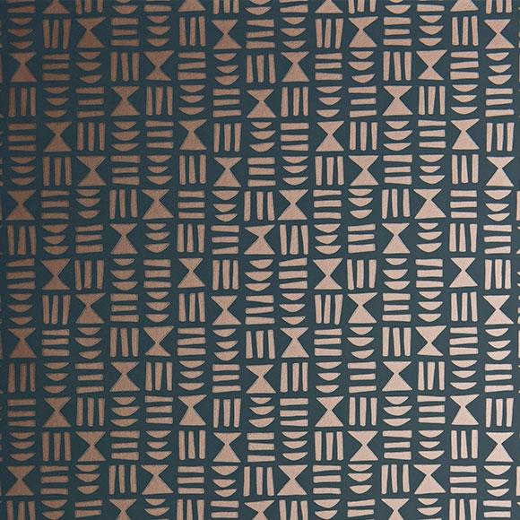 Papier peint Hieroglyph cuivré et gris foncé - Kinfolk - MissPrint